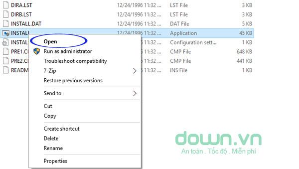 Khởi chạy file cài đặt phần mềm